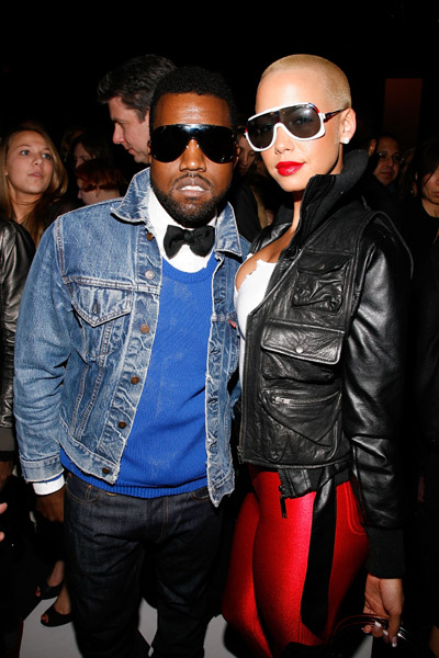 http://whathadhappenedwas.files.wordpress.com/2009/02/kanye-west-and-amber_rose1.jpg